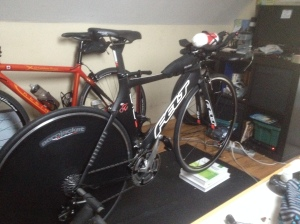 Yes thats a disc cover on my trainer...I am using my indoor time to test aero bento packs, saddles and electrical tape!
